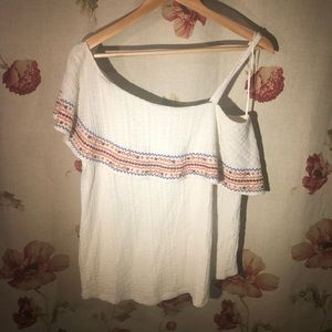 Lucky brand embroidered off the shoulder